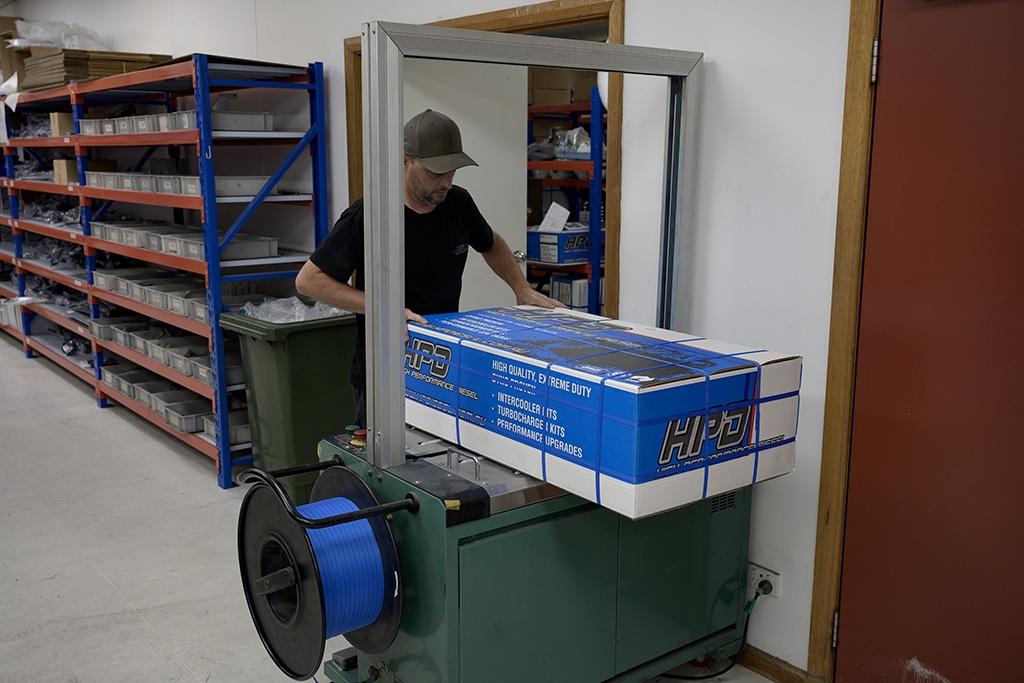 Packaging an intercooler kit